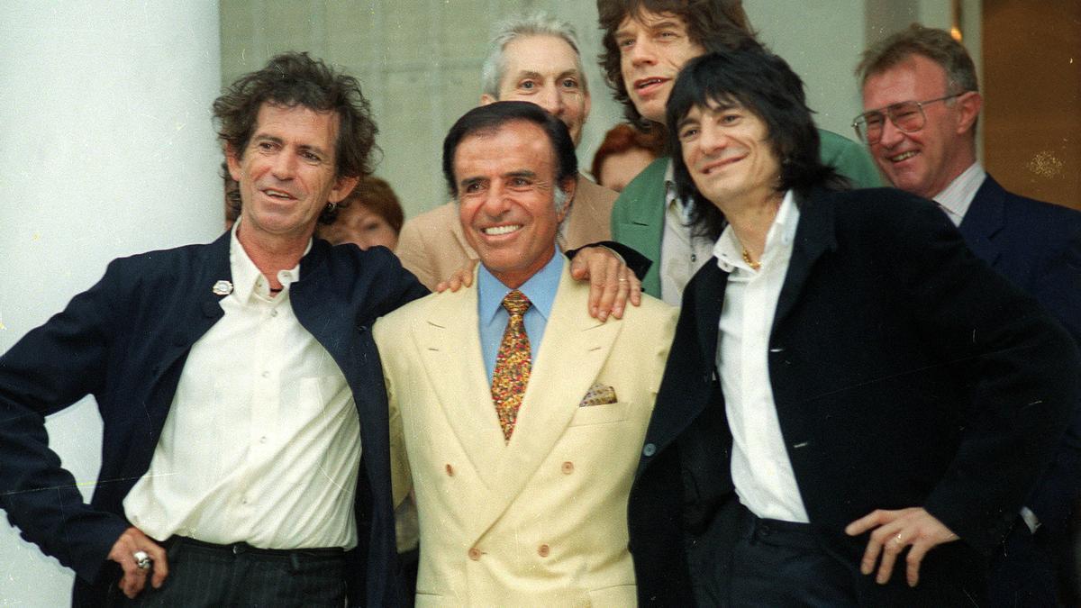 Menem, junto a los Rolling Stones.