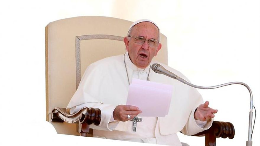 """El Vaticano pide suspender la Constituyente en Venezuela por """"hipotecar futuro"""""""