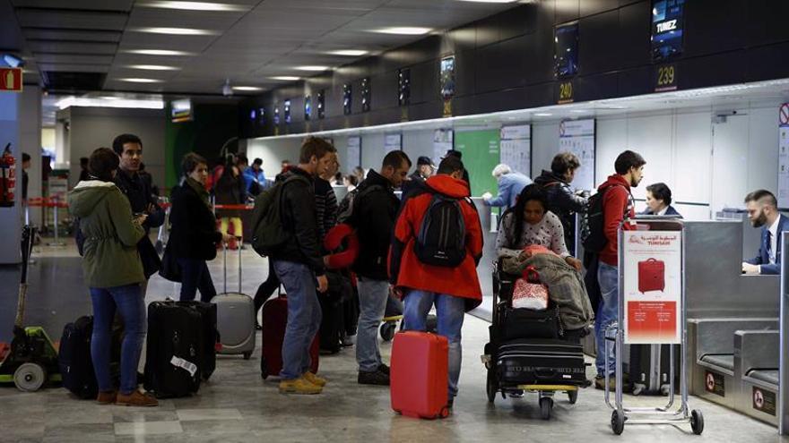 Aena instala 500 mediadores de satisfacción de los usuarios en 33 aeropuertos