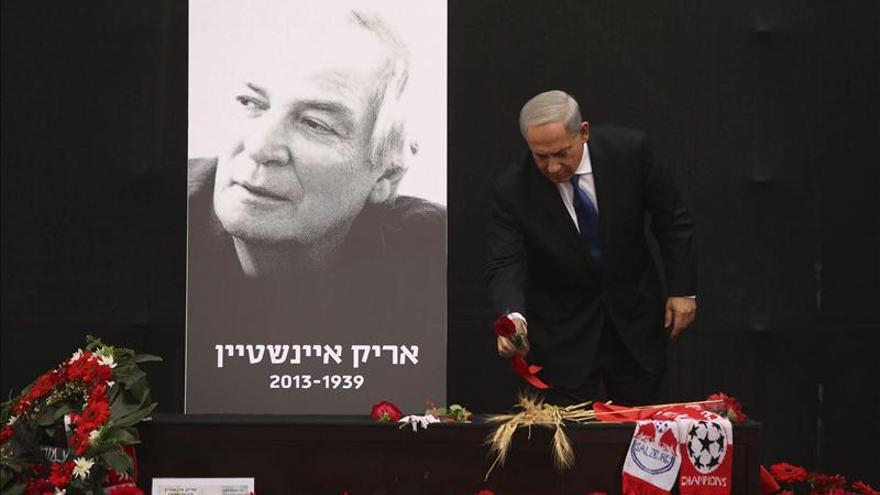 Israel despide a la leyenda del rock hebreo, Arik Einstein