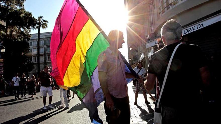 Una institución rabínica de Jerusalén aparece con una bandera gay