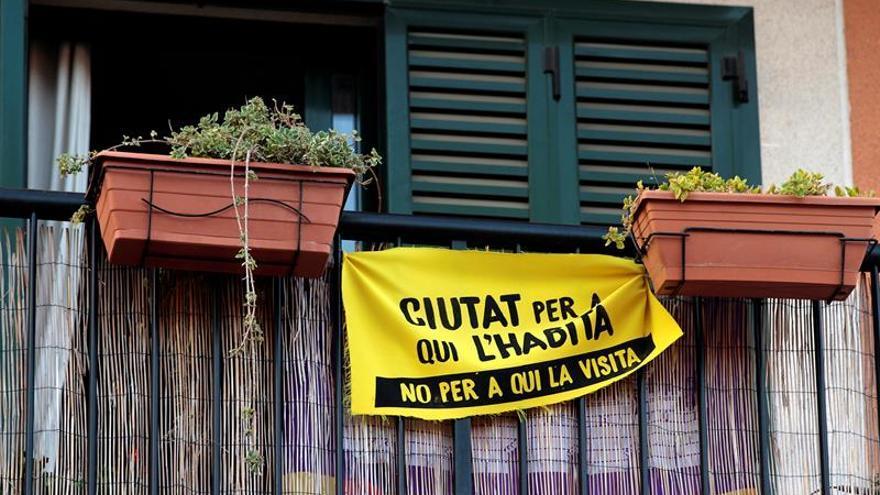 Imagen de archivo con la pancarta de un colectivo mallorquín a favor del derecho a la vivienda