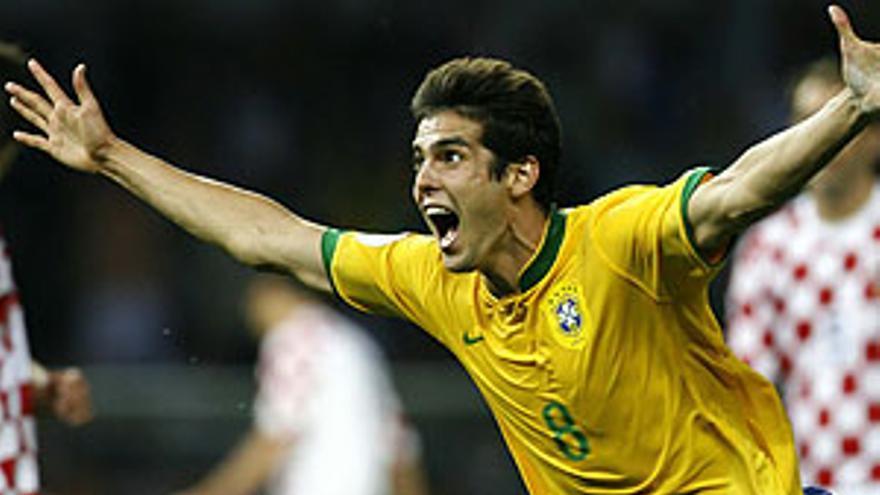Kaká tratará de redimirse en Sudáfrica tras una mala temporada en el Real Madrid.