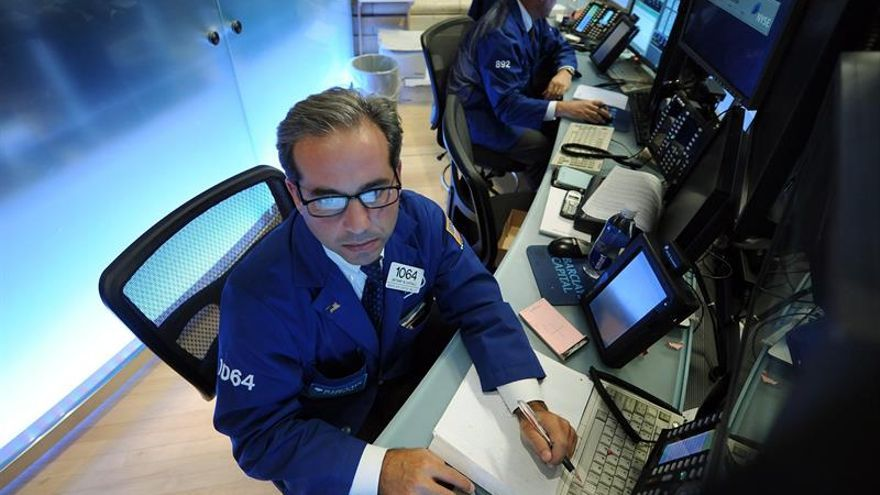 Wall Street sigue al alza y el Dow Jones avanza un 0,21 % a media sesión