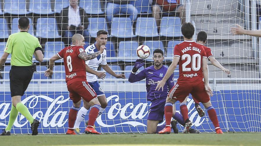 El Zaragoza empezó el partido atacando y con Ángel Galván parando
