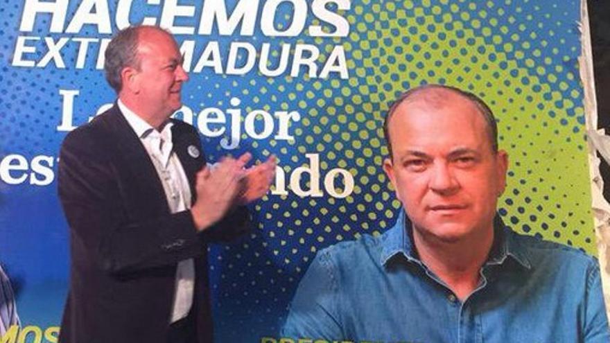 Monago, la noche del inicio de la campaña electoral, en Badajoz