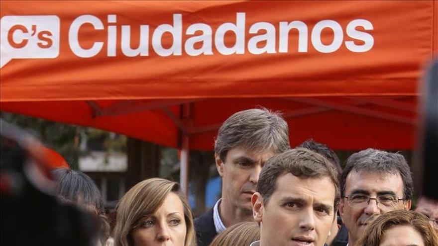 Rivera: Los debates se ganan con argumentos, no con insultos