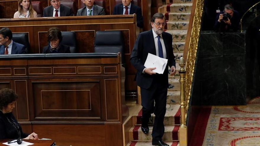 Rajoy ratifica el proyecto de Presupuestos para fin de mes pero no fija la fecha