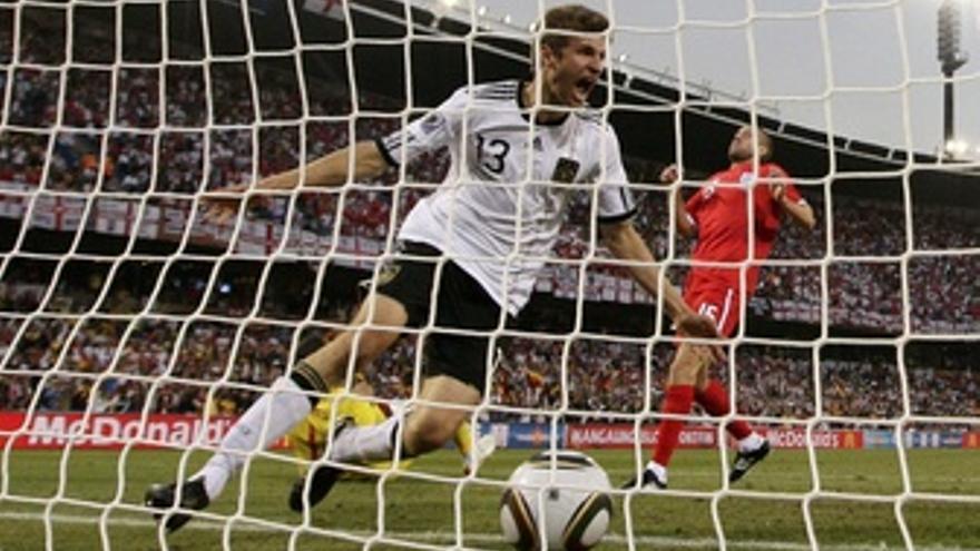Alemania golea a Inglaterra.