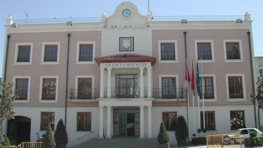 Sanidad confirma un brote de COVID-19 en Socuéllamos (Ciudad Real) con 4 contagios y 35 contactos rastreados