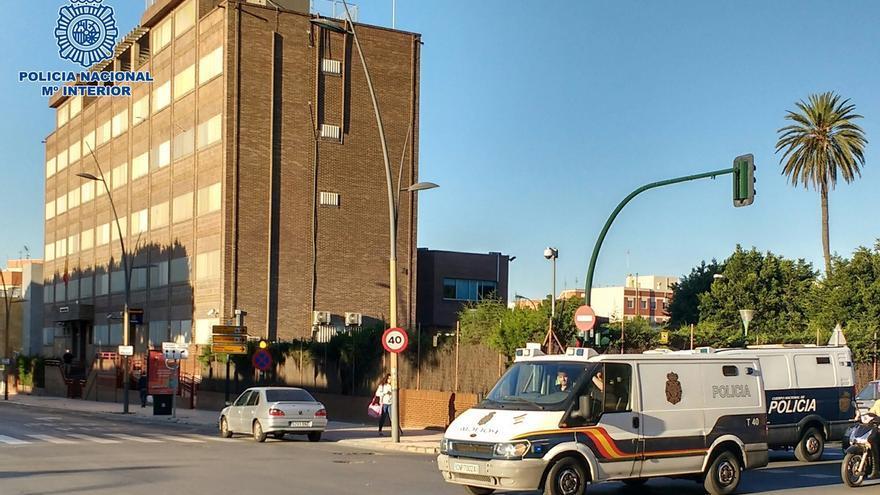 Policía Nacional investiga la muerte por intoxicación de un trabajador de un invernadero