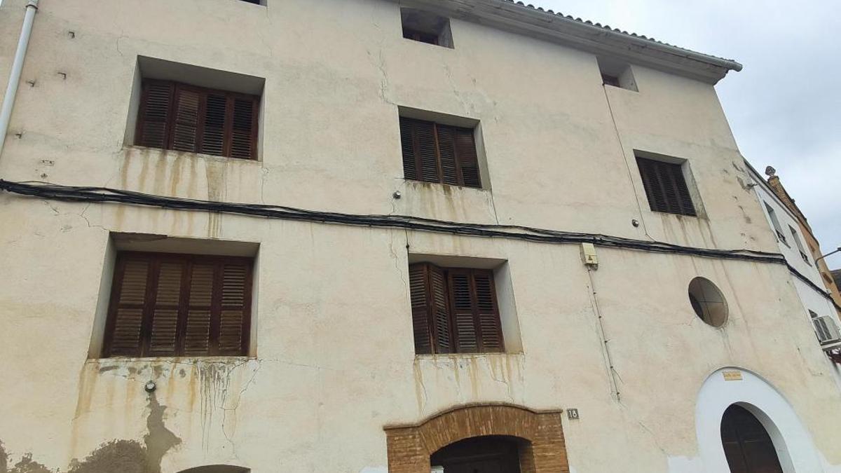 Edificio de la antigua guardería parroquial que va a rehabilitarse