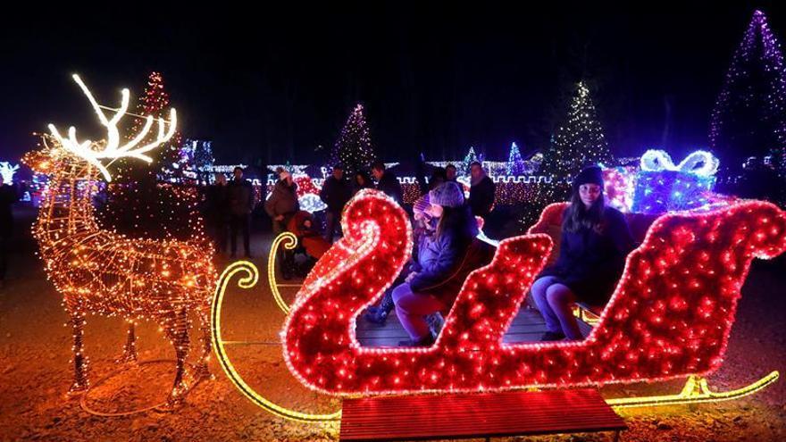 Un sueño infantil convertido en un parque navideño con dos millones de luces