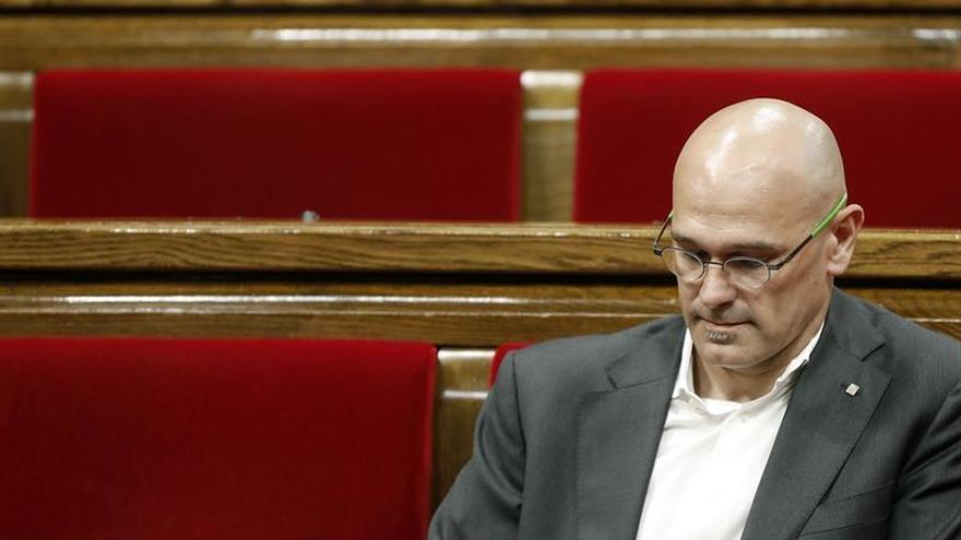 """Romeva: """"Las amenazas y las querellas empeorarán"""" la situación de Cataluña"""