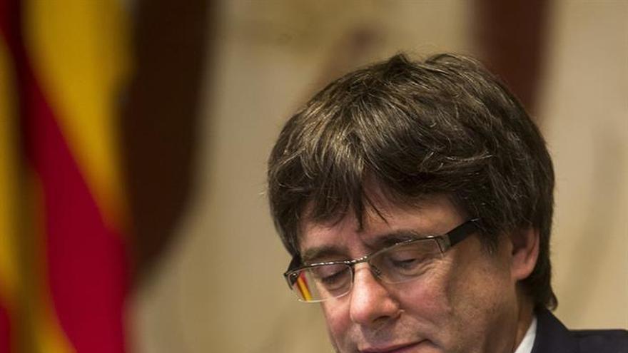 Un exdiputado del PP canario denuncia a Puigdemont ante la Fiscalía