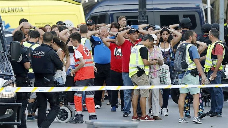 Una familia de turistas griegos herida en el atentado de Barcelona