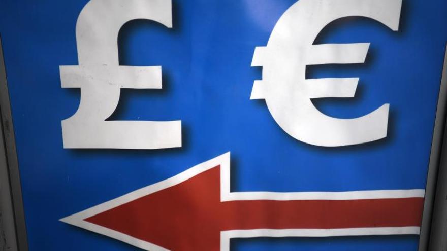 """La libra alcanza máximos en tres meses ante un posible acuerdo de """"brexit"""""""