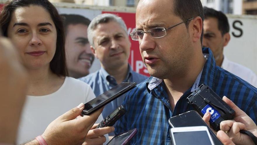 """Luena exige a Iglesias una aclaración """"firme"""" sobre la financiación a Podemos"""