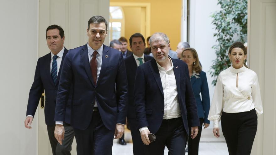 El Gobierno acuerda con los agentes sociales prorrogar los ERTE hasta septiembre