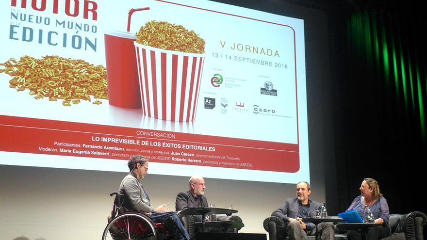 Mesa redonda en la V Jornada 'El autor en el nuevo mundo de la edición' celebrada en Bilbao.