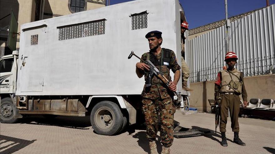 Mueren tres pilotos de la Fuerza Aérea yemení en una emboscada de Al Qaeda