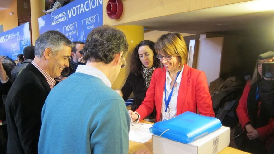 Feijóo presenta 1.359 avales para ser reelegido por tercera vez como presidente del PPdeG