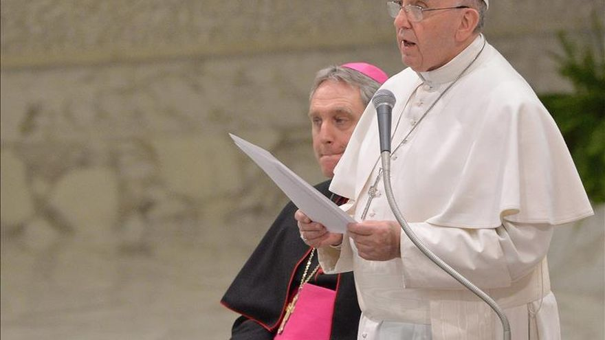 El papa Francisco acepta una invitación para visitar Ucrania