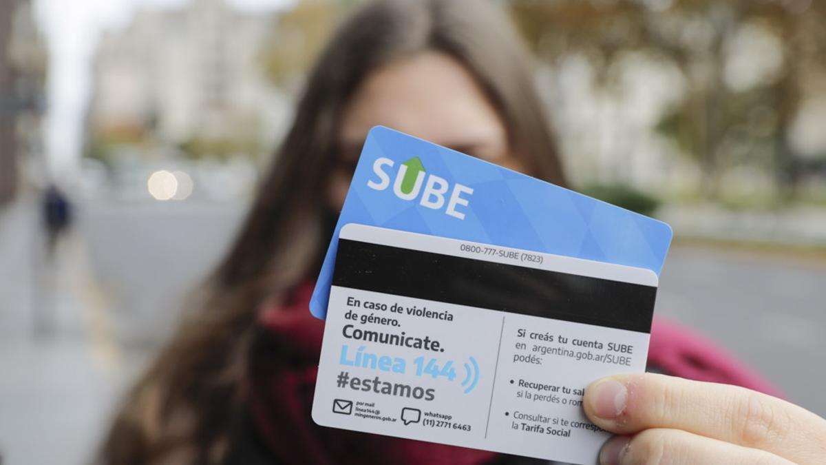 La nueva tarjeta SUBE cuenta con información sobre los canales de contención y asesoramiento en casos de violencia por motivos de género.