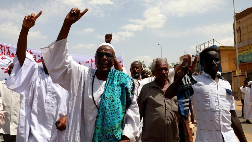 Grupos religiosos protestan en Sudán por la abolición de leyes islamistas