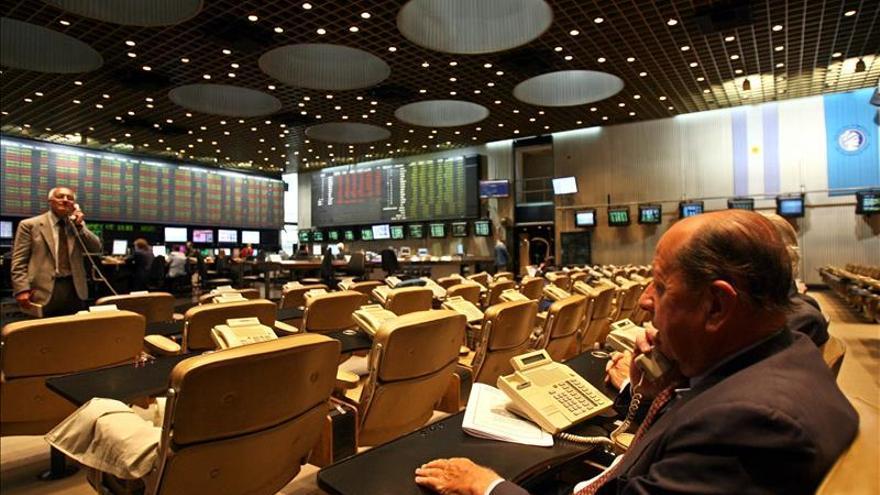 Los parqués latinoamericanos cierran mixtos en una jornada de mal ánimo en Wall Street