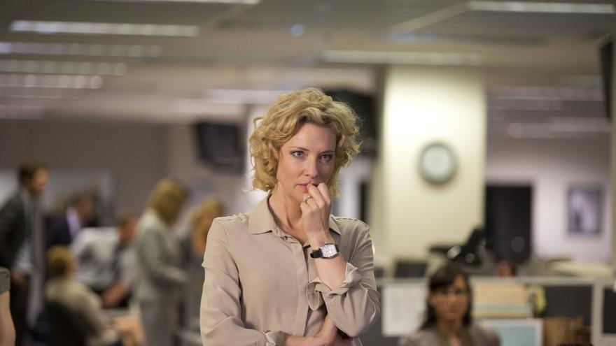 Cate Blanchett interpretando a la periodista Mary Mapes