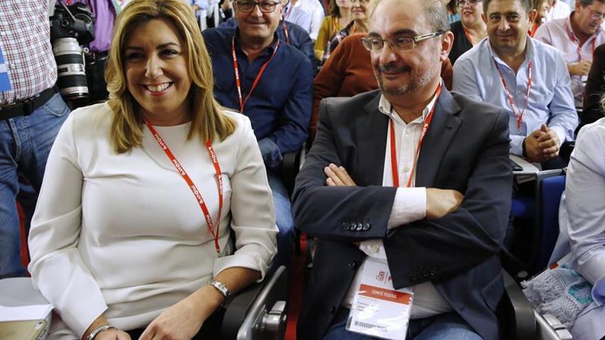 Valenciano presenta la propuesta de resolución a favor de la abstención