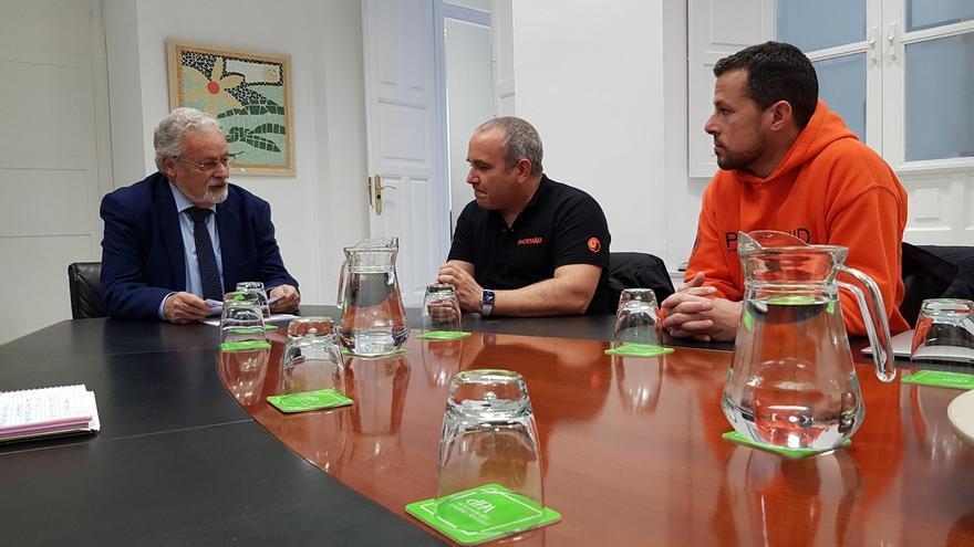 Maeztu reclama a Exteriores asistencia jurídica para los bomberos de Proem-Aid que serán juzgados en Grecia