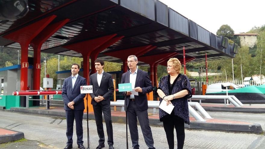 Gipuzkoa y Bizkaia acuerdan un límite de gasto de 45 euros para tránsitos mixtos en las autopistas AP-1 y AP-8