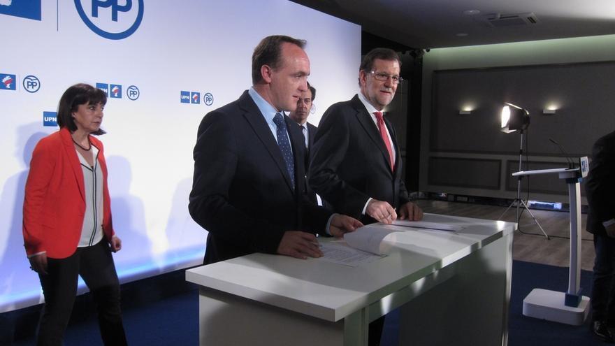 """Rajoy alerta contra políticas """"caducas y trasnochadas"""" y dice que España necesita un Gobierno serio, """"no amateurs"""""""