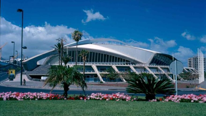 Edificio del Recinto Ferial de Tenerife, en la ciudad de Santa Cruz