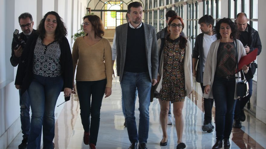 """Podemos e IU quieren que el Parlamento respalde a Maleno frente a la """"criminalización de defensores de derechos humanos"""""""