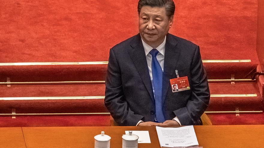 """Xi habla con Merkel e insta a la UE a tener """"autonomía """" en su actuación"""