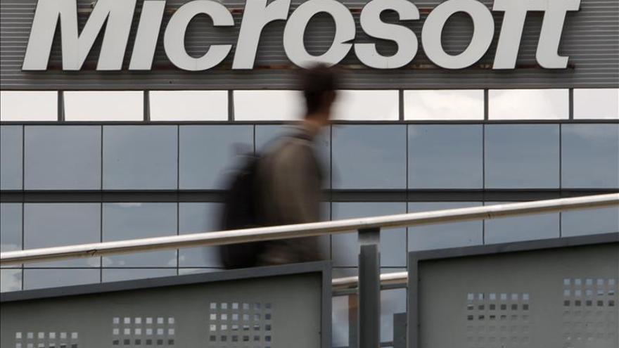 Microsoft evalúa invertir hasta 3.000 millones de dólares en compra de Dell