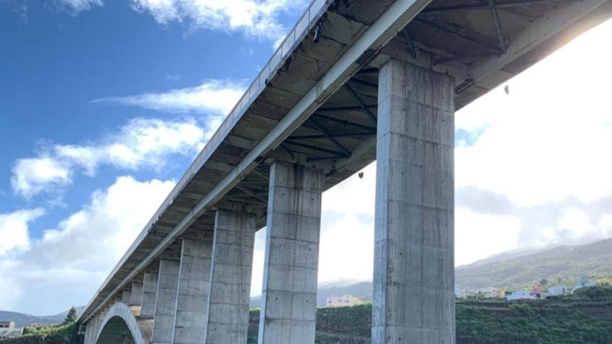 Puente de Los Tilos, en San Andrés y Sauces.