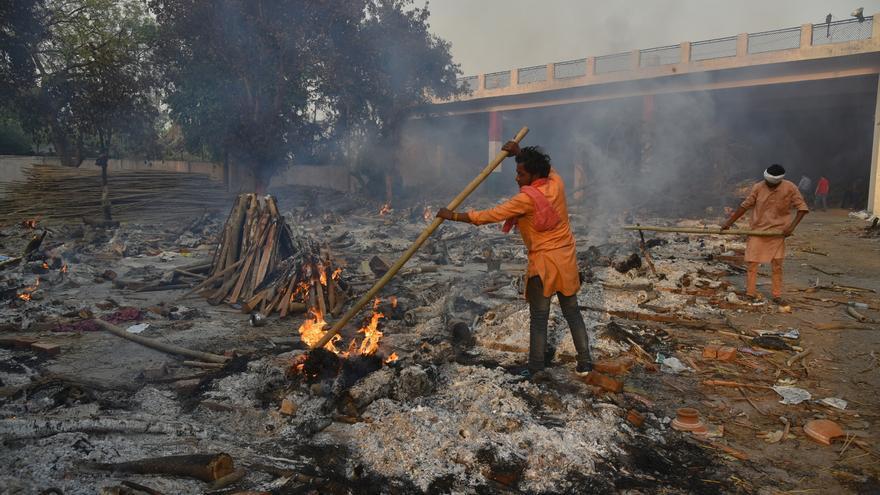 La India supera las 200.000 muertes tras un nuevo récord de cifras por covid