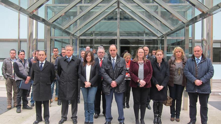 """Cantabria expresa su """"profundo dolor"""" por la tragedia aérea, que """"ha impactado a todos"""""""