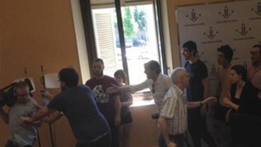 Agresión a un equipo de TV3 en la Universidad de Lleida