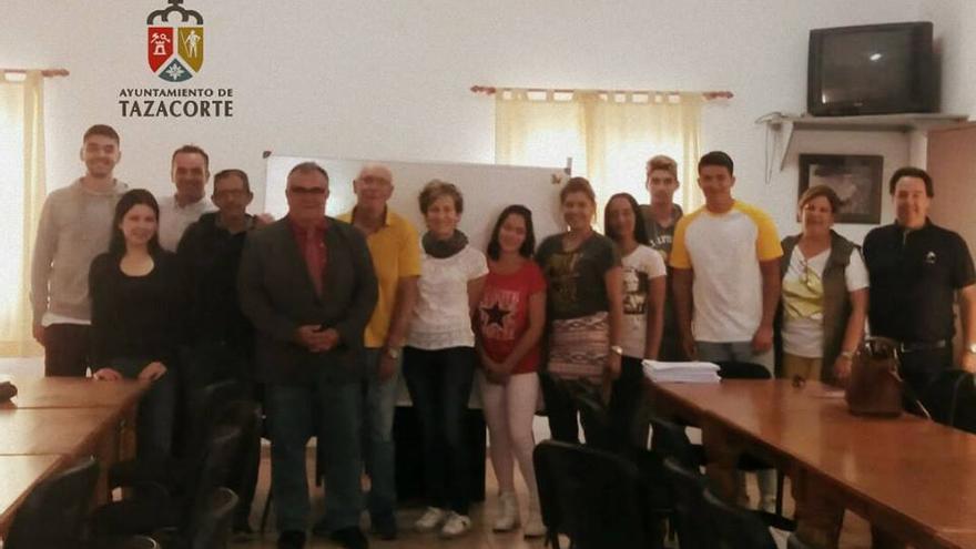 En la imagen, las personas que participan en el curso.