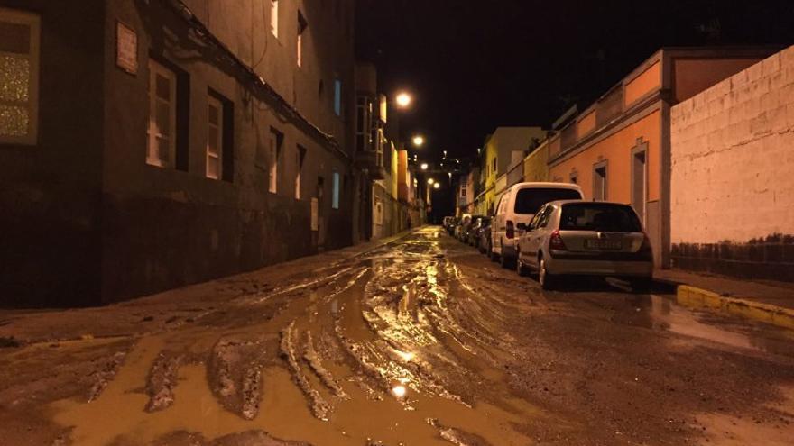 Noche de emergencia por lluvias en Telde. (Canarias Ahora).