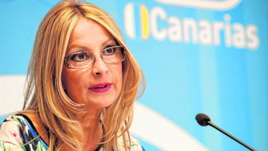 María Australia Navarro, en rueda de prensa. (EFE)