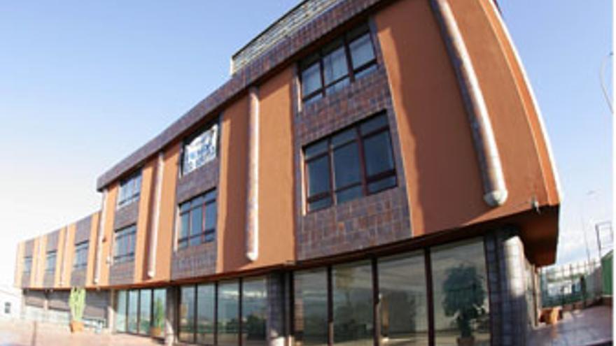 Inmueble elegido desde 2008 para albergar la sede de la Policía Canaria en Gran Canaria. (QUIQUE CURBELO)