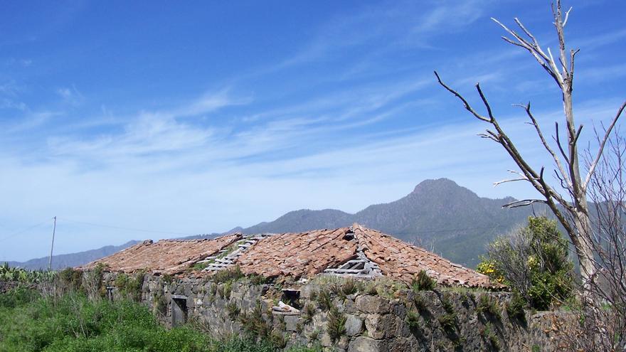La casa del Alma de Tacande, aunque ya estaba en estado ruinoso, fue devastada por el incendio del pasado verano.