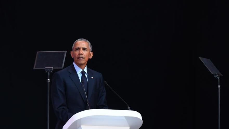 Obama urge a EE.UU. tras los tiroteos rechazar el lenguaje de odio de cualquier líder