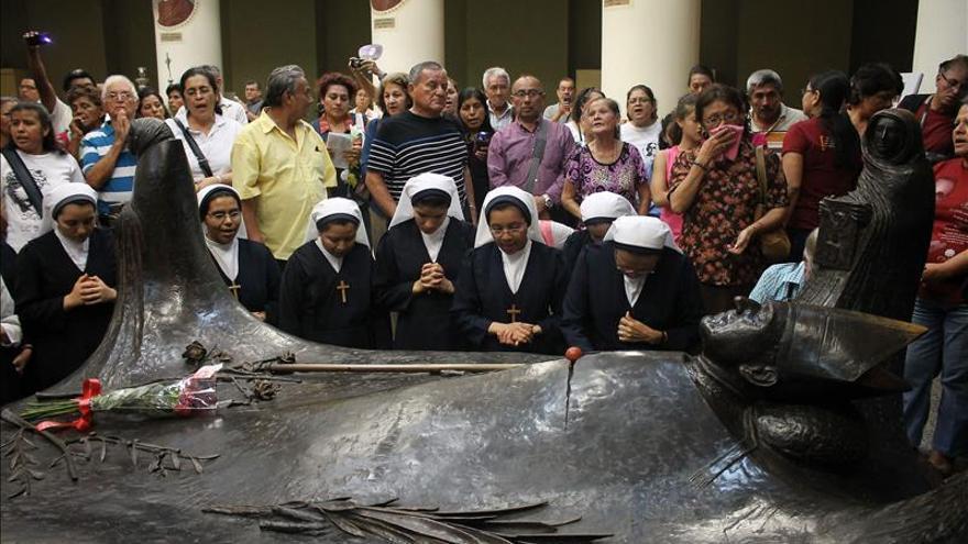 Los salvadoreños conmemoran mañana el 35 aniversario del asesinato de monseñor Romero